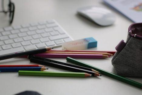 El Escorial destinará durante este año 70.000 euros a becas para material escolar