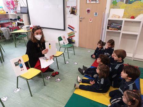 Éxito de la 'Semana Mujer y Ciencia' organizada en Laude Fontenebro School