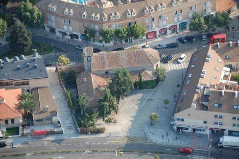 Arrancan las obras de mejora del alcantarillado en el entorno de la Plaza de la Iglesia de Torrelodones