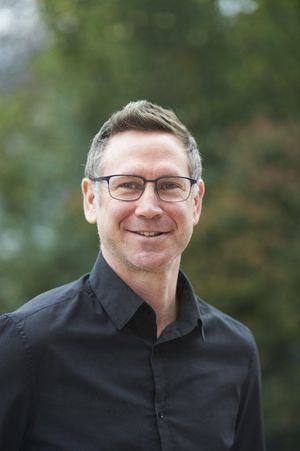 """Mike West, Acting Head de Laude Fontenebro School: """"Educar en habilidades sociales y emocionales es clave para lograr el máximo potencial"""""""