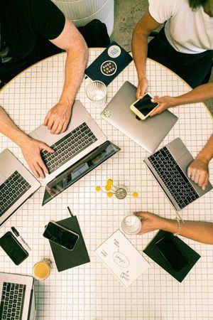 El Escorial cede un local municipal para favorecer el coworking a los emprendedores