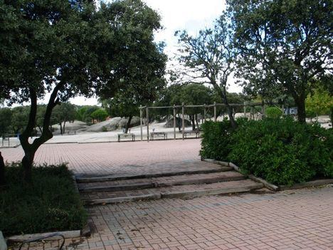 Un nuevo recurso paraliza la puesta en marcha del contrato de parques y jardines de Torrelodones