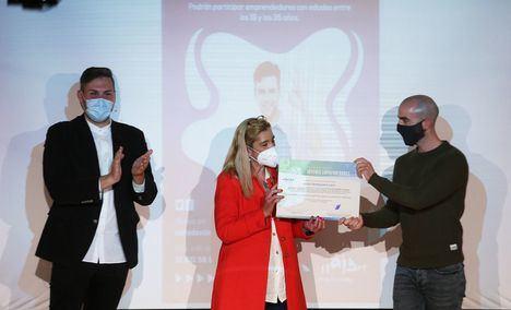 El Ayuntamiento entrega los Premios a los Jóvenes Emprendedores de Collado Villalba