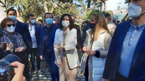 Isabel Díaz Ayuso visitó Collado Villalba en el último día de la precampaña y Las Rozas en el primer día oficial de campaña electoral