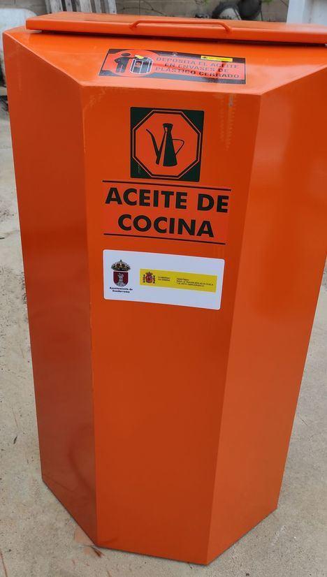 Guadarrama adquiere 20 nuevos contenedores para ampliar las zonas de recogida de aceite usado