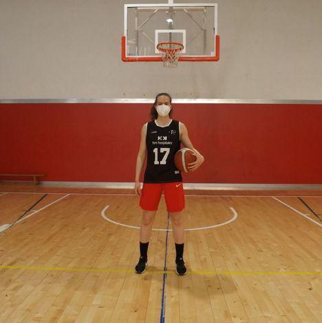 """Cristina Fidalgo, jugadora del Baloncesto Torrelodones: """"El baloncesto es un estilo de vida"""""""