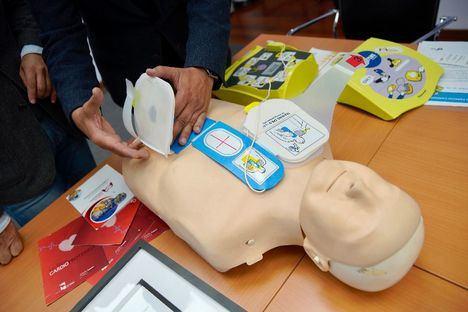 Las Rozas recoge el certificado de Municipio Cardioprotegido que otorga el Proyecto Salvavidas