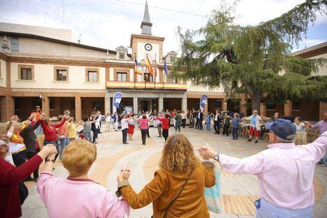 Las Rozas celebra la Semana del Mayor con cine gratuito, concursos de talentos y visitas guiadas