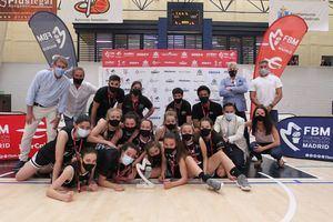 El equipo Infantil femenino de Baloncesto Torrelodones, subcampeón de Madrid