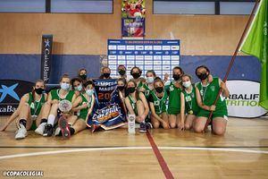 El equipo de Baloncesto Femenino de Los Sauces Torrelodones gana la Copa Colegial