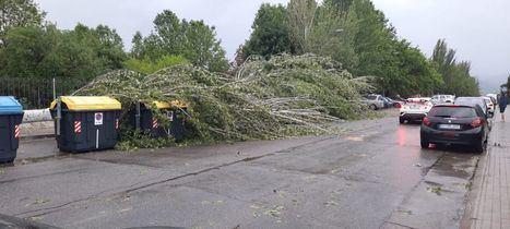 La tormenta deja numerosos daños, ninguno grave, en Collado Villalba, Alpedrete y otras localidades del Noroeste