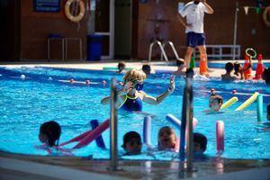 Arrancan las actividades en los campamentos deportivos municipales de verano de Las Rozas