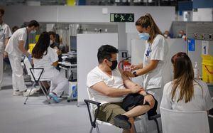 Desde este jueves, la Comunidad de Madrid vacunará sin cita previa en 11 puntos de la región, también para segundas dosis