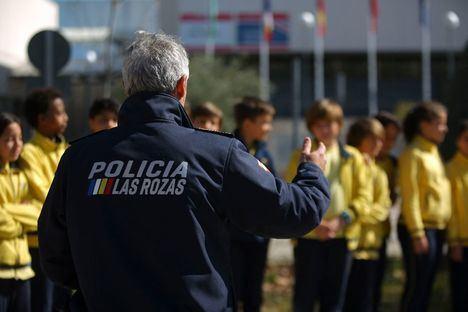 La Policía Local formará en Educación Vial, durante este curso, a más de 2.500 escolares de Las Rozas