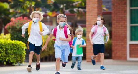 Desde el próximo lunes las mascarillas dejarán de ser obligatorias en los recreos de los colegios