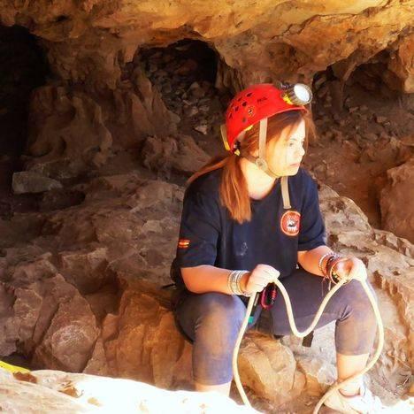 Jóvenes con discapacidad intelectual disfrutan de la espeleología