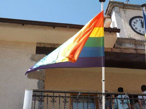 Concentración en recuerdo de las víctimas de Orlando