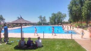Collado Mediano estrena temporada de piscina