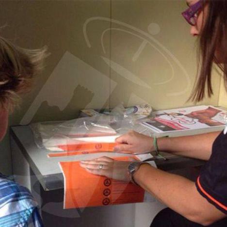 Protección Civil vuelve a entregar pulseras identificativas para los niños