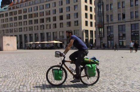 La aventura de Santiago Tascón: de Berlín a Torre en bici