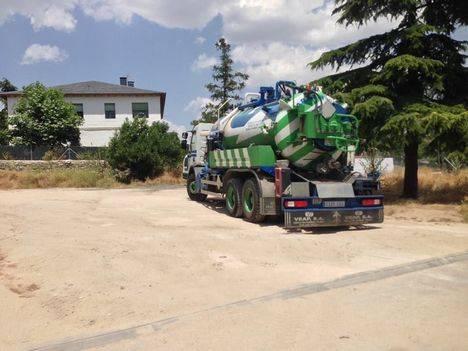 Nuevo freno a la gasolinera en el casco urbano de Hoyo