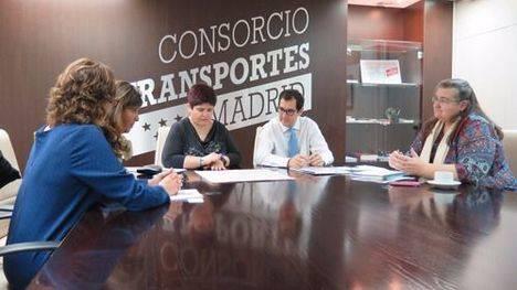 Los alumnos de IES Guadarrama estrenan curso y parada de bus