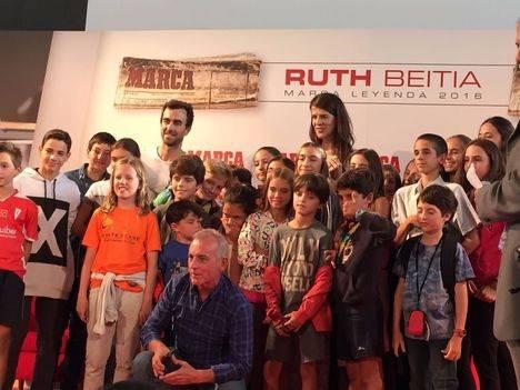 La escuela de atletismo de Torrelodones con Ruth Beitia