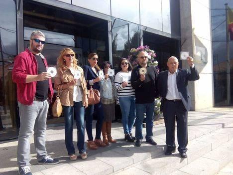Más de 1.000 firmas para denunciar suciedad en las calles
