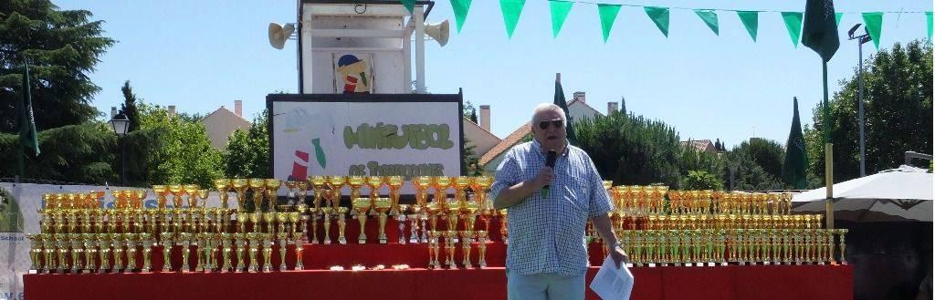 Fallece Javier García de Leániz, fundador del Minifútbol