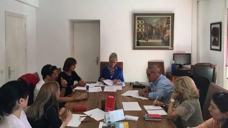 Colmenarejo firma un convenio con centros educativos públicos