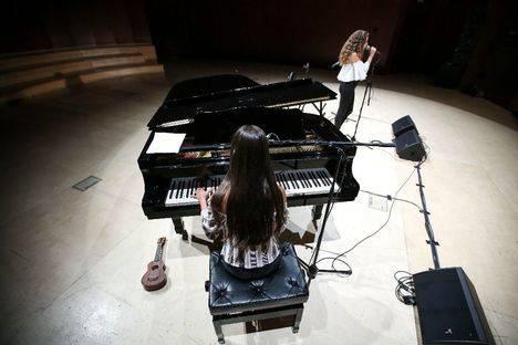El festival Las Rozas Acústica reúne a jóvenes talentos locales