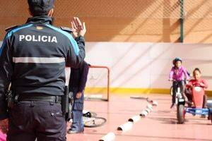 Formación práctica de seguridad vial para cuarto de primaria