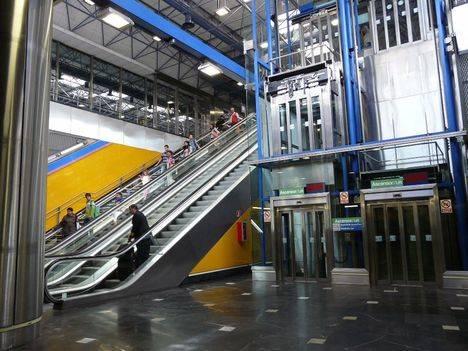 La CAM invertirá 57 millones para instalar más de 30 ascensores en Metro