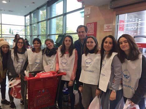 Campaña de recogida de alimentos entre los jóvenes