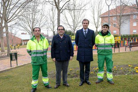 Se refuerza el servicio de limpieza de las zonas verdes