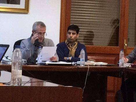 Una comisión que investiga al alcalde del PP, presidida por el PP