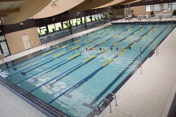 El ayuntamiento cierra el vaso antiguo de la piscina for Piscina villalba