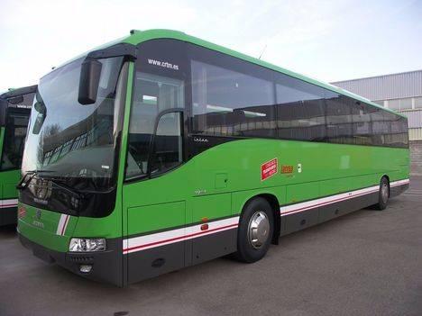 Servicios mínimos del 60 por ciento para la huelga de Autobuses Larrea que comienza este martes