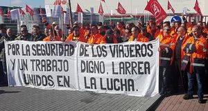 Suspendida la huelga en Autobuses Larrea, tras el acuerdo entre trabajadores y empresa