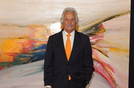 Palomo Linares inaugura exposiciones en el Palacio del Infante D. Luis