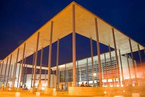 La Biblioteca Miguel Hernández amplía horarios por exámenes