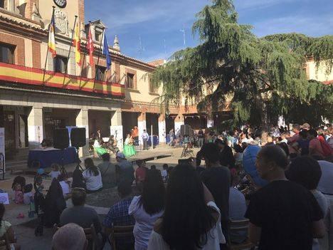 Música, baile y artesanía en el I Encuentro Multicultural de Las Rozas