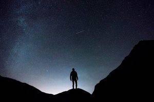 Tres rutas nocturnas para disfrutar de la luna llena en la Sierra