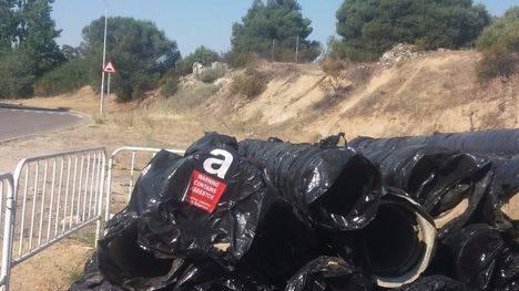 El movimiento vecinal consigue retirar amianto abandonado en Parquelagos