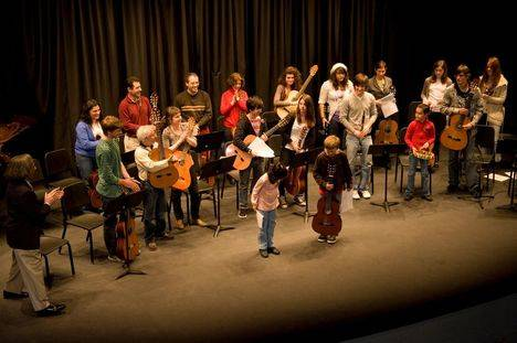 """Más de 700 alumnos inician curso en la Escuela de Música """"Enrique Granados"""""""
