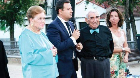 Las Rozas homenajea a Magdalena Pérez y a Pablo Palacios