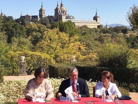Se presenta el tren turístico 'Diligencia de El Escorial'