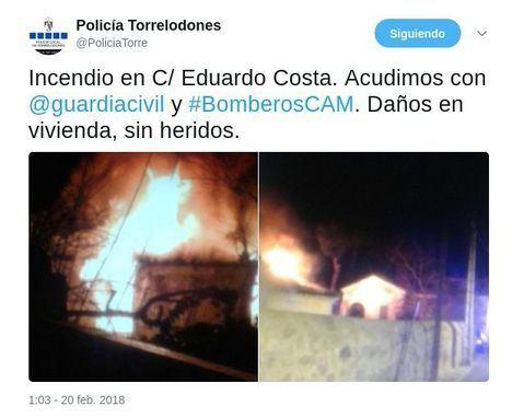 Un incendio destruye el tejado de una de las viviendas de Villa Rosita