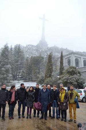 Visita de eurodiputados al Valle de Cuelgamuros