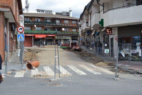 IU pide ayudas para los negocios afectados por las obras entorno a la plaza de la Iglesia